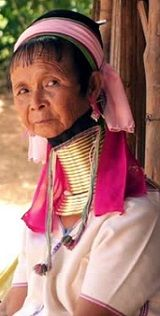 kayan-women-long-neck